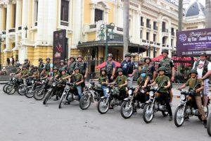 moto Hanoi vintage tour