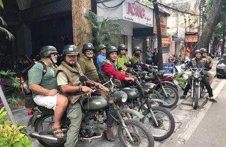 tour Hanoi guia en tailandia coche