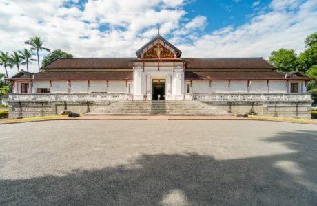 Laos Royal Palace templos español