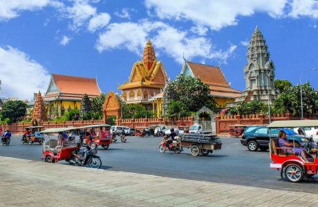 palacio real Phnom Penh guia en tailandia tours